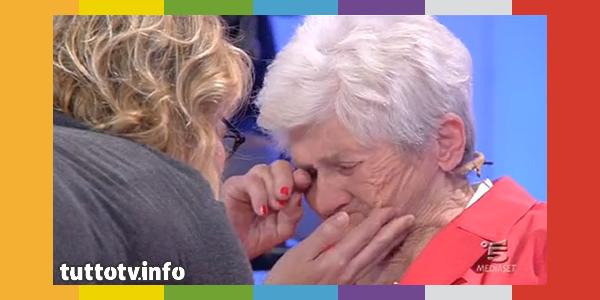 rosetta_uomini-e-donne_pianto