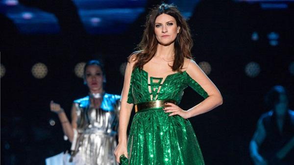 Laura Pausini apre il ciclo dei grandi concerti di Canale 5