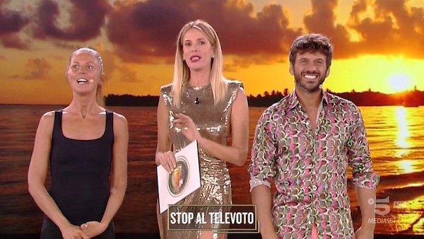 stop-televoto-marina-maddaloni